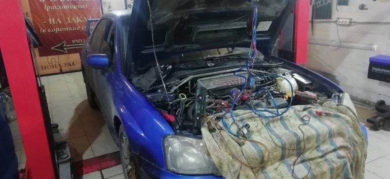 опрессовка двигателя автомобиля дымогенератором